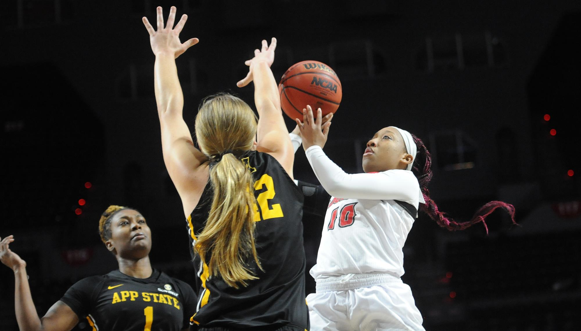 Cajuns Get Red Hot In Second Half To Beat App State Louisiana Athletics